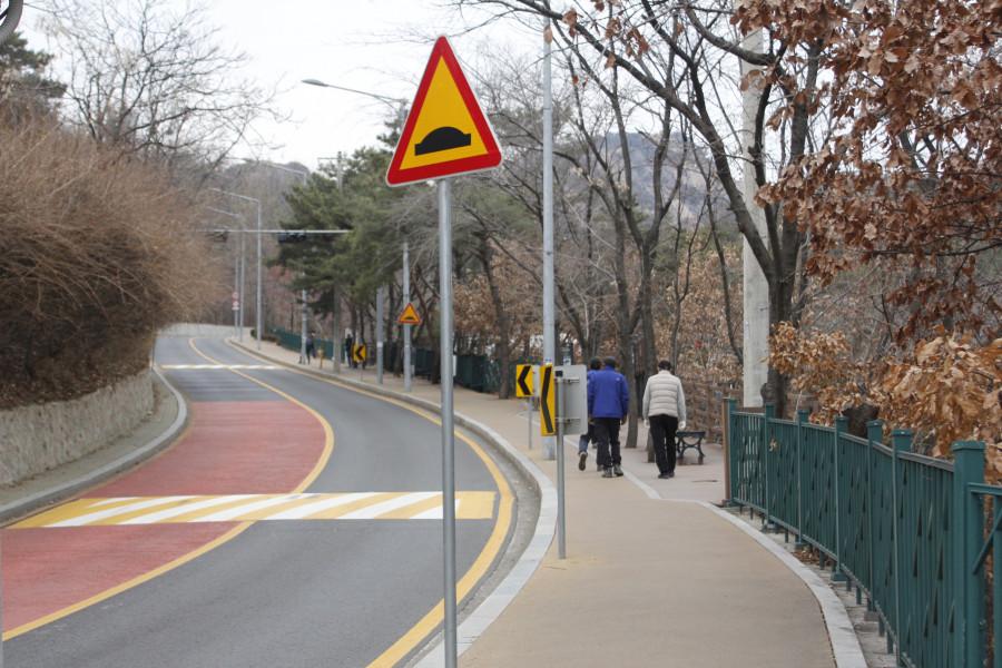 [기자 탐방기] 서울 종로구 전경을 한눈에…인왕산 자락길, 숲길을 거닐다
